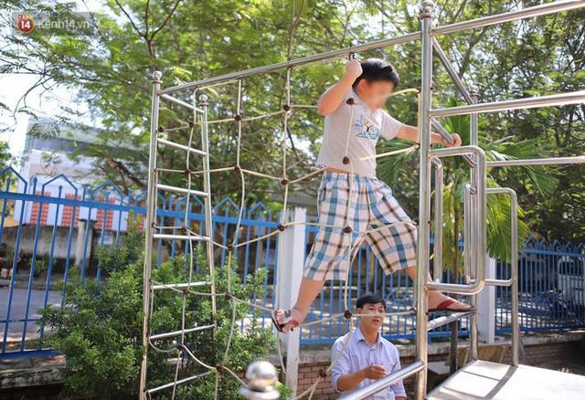 Người thầy 11 năm gieo chữ, mang lại nụ cười cho trẻ khiếm khuyết và tự kỷ ở Đà Nẵng - Ảnh 8.