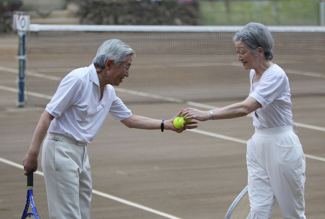 Hoàng hậu phải đi sau 2 bước, nói ít hơn phu quân nửa lời và những quy tắc nghiêm ngặt trong hoàng gia Nhật - Ảnh 4.