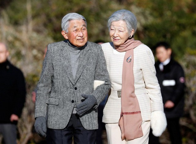 """Con đường trở thành """"mẫu nghi thiên hạ"""" của Hoàng hậu Nhật Bản Michiko và con dâu Masako: Chứa đầy máu và nước mắt cùng góc khuất đáng sợ ít ai biết - Ảnh 8."""