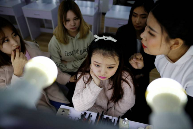 Live-Streaming ở Trung Quốc: Ngành kinh doanh tỷ đô đang bùng nổ mạnh mẽ, thu hút hàng triệu bạn trẻ muốn làm giàu - Ảnh 5.