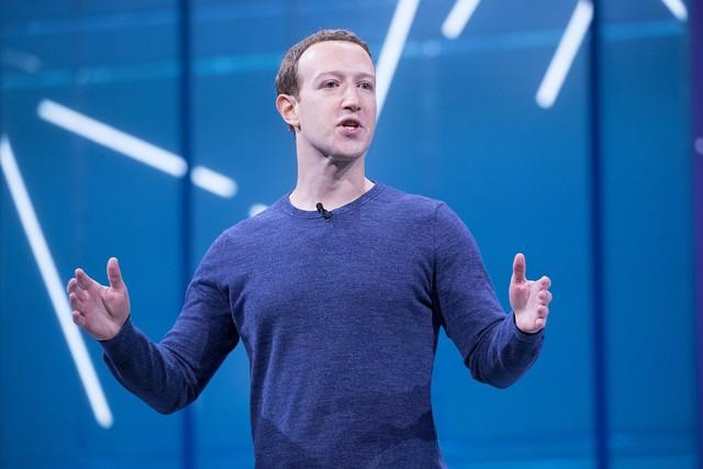 Trong thế giới kinh doanh, bạn cần nhiều thứ để thành công hơn là một vẻ ngoài ấn tượng: Đây là là lí do vì sao những người giàu nhất thế giới lại có phong cách giản dị đến vậy - Ảnh 2.