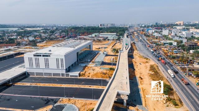 Cận cảnh bến xe miền Đông mới trị giá hơn 4.000 tỷ đồng - Ảnh 11.