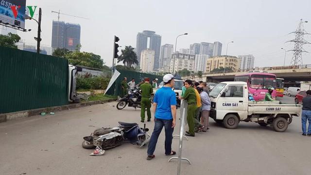 Hiện trường vụ nữ tài xế Mercedes tông liên hoàn, 3 người nhập viện - Ảnh 3.
