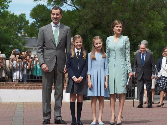 Những cách dạy con nên người được các gia đình Hoàng gia trên toàn thế giới áp dụng, cha mẹ Việt hoàn toàn có thể tham khảo theo - Ảnh 7.