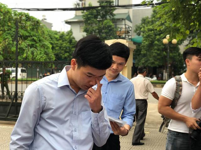 Luật sư của Hoàng Công Lương không đến, hoãn phiên tòa phúc thẩm - Ảnh 2.