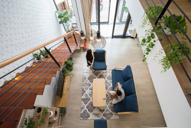 [Ảnh] Nhà ống 2 tầng ở Đà Nẵng có thiết kế đơn giản nhưng vẫn tuyệt đẹp - Ảnh 5.