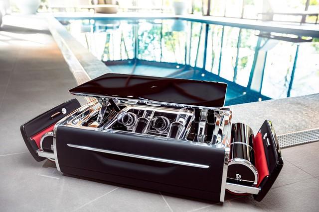 Bộ đồ uống champagne của Rolls-Royce đắt hơn một chiếc BMW - Ảnh 3.