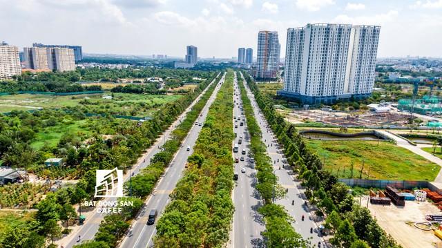 Tuyến đại lộ lớn nhất khu Đông TPHCM hứa hẹn sẽ có đợt bùng nổ nguồn cung căn hộ mới những tháng cuối năm - Ảnh 1.