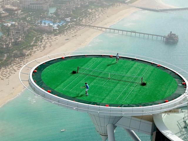 10 điều ít biết về khách sạn xa xỉ bậc nhất thế giới ở Dubai - Ảnh 3.
