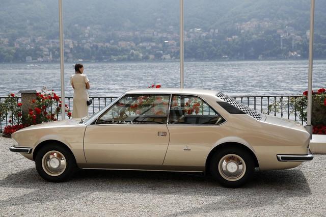 Chiêm ngưỡng loạt xe hiếm tại triển lãm ôtô cổ điển Italy  - Ảnh 14.