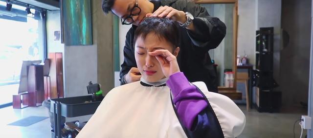 Nhật ký ung thư đầy lạc quan của Beauty Blogger Hàn Quốc: Nụ cười luôn thường trực trên môi, rồi tóc sẽ mọc lại thôi - Ảnh 1.