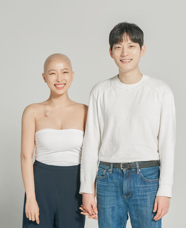 Nhật ký ung thư đầy lạc quan của Beauty Blogger Hàn Quốc: Nụ cười luôn thường trực trên môi, rồi tóc sẽ mọc lại thôi - Ảnh 2.