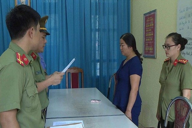Phó Giám đốc Sở GDĐT Sơn La khai nâng điểm do lãnh đạo gửi gắm - Ảnh 1.