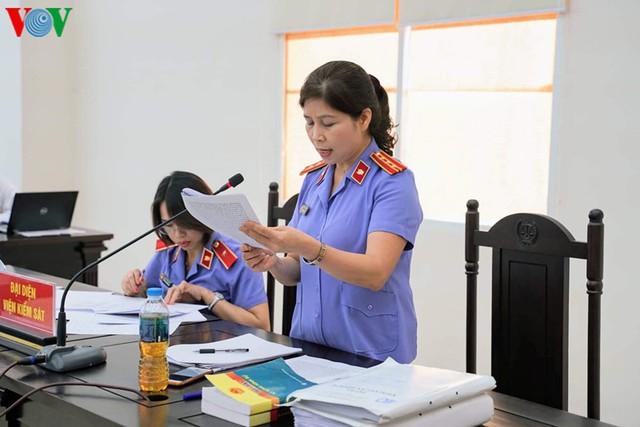 """Nữ sếp phó của PVEP khai nhận 200 triệu đồng """"như một món quà"""" - Ảnh 2."""