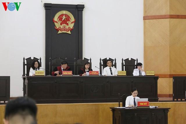 """Nữ sếp phó của PVEP khai nhận 200 triệu đồng """"như một món quà"""" - Ảnh 3."""