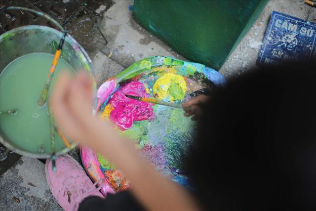 Hàng loạt bốt điện ở Hà Nội nở hoa - Ảnh 3.