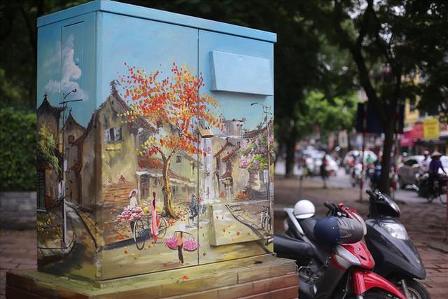 Hàng loạt bốt điện ở Hà Nội nở hoa - Ảnh 6.
