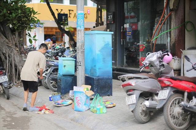 Hàng loạt bốt điện ở Hà Nội nở hoa - Ảnh 7.