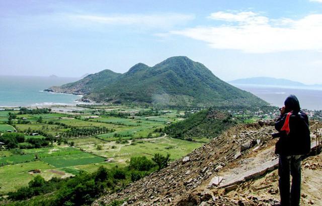 BĐS tuần qua: Đất đặc khu Bắc Vân Phong được giao dịch trở lại, Hà Nội sắp xây 3 cụm công nghiệp làng nghề  - Ảnh 2.
