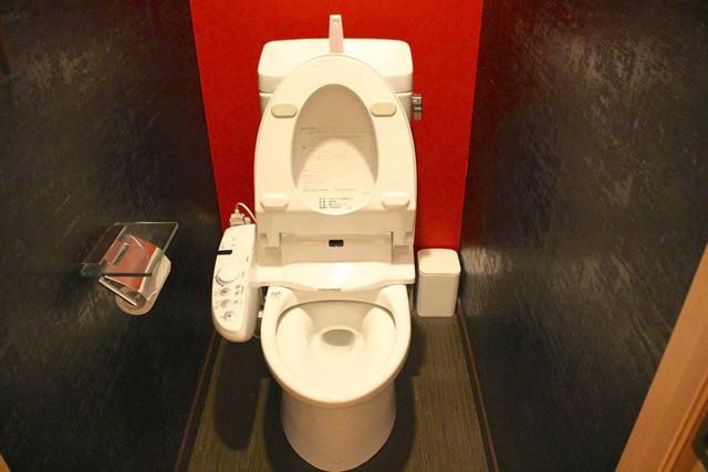Đây là những lí do độc nhất vô nhị khiến ai đi du lịch Nhật Bản về cũng phải vương vấn cái... toilet! - Ảnh 3.