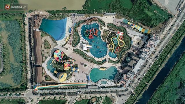 Người dân Hà Nội thích thú trải nghiệm công viên nước hiện đại nhất Thủ đô trong ngày đầu mở cửa - Ảnh 3.