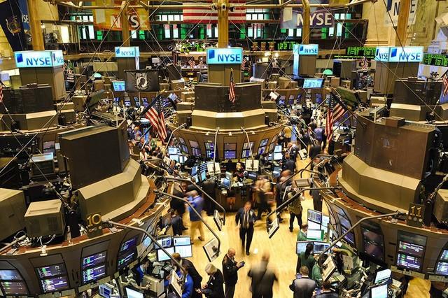 Alibaba niêm yết tại Hồng Kông có thể khiến thị trường chứng khoán Mỹ mất dần 758 tỷ? - Ảnh 2.