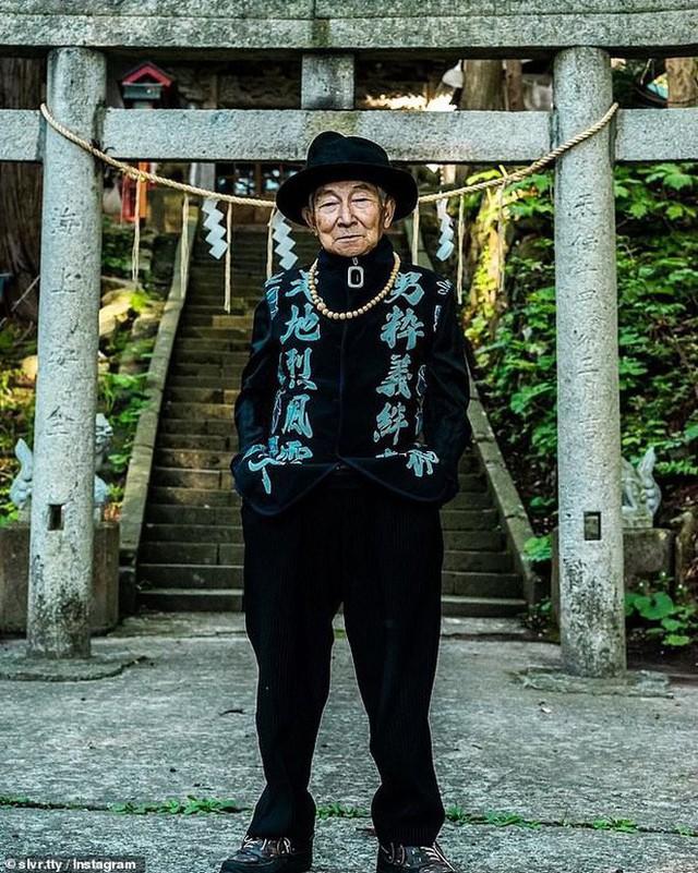 Được cháu trai hậu thuẫn, ông giáo 84 tuổi trở thành ngôi sao thời trang với biệt danh cụ ông sành điệu nhất Nhật Bản, đốn tim hàng trăm ngàn người - Ảnh 6.