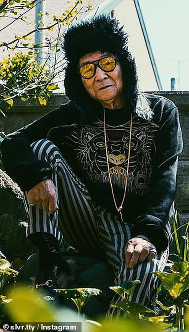 Được cháu trai hậu thuẫn, ông giáo 84 tuổi trở thành ngôi sao thời trang với biệt danh cụ ông sành điệu nhất Nhật Bản, đốn tim hàng trăm ngàn người - Ảnh 9.