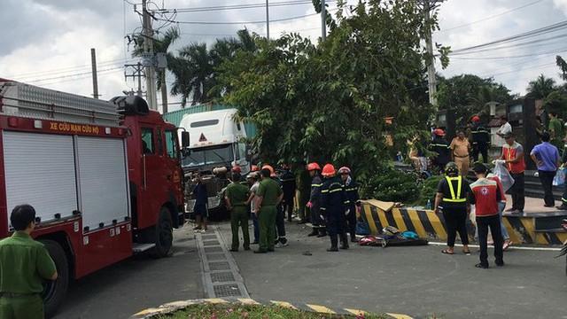 Tai nạn kinh hoàng ở Tây Ninh: Tài xế và 4 người trong một gia đình tử vong - Ảnh 7.