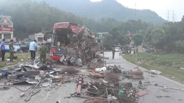 Xác định tốc độ xe khách trước khi va chạm với xe tải làm 3 người chết, 38 người bị thương - Ảnh 1.