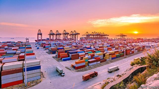 Việt Nam sẽ phải cạnh tranh với những quốc gia nào trong cuộc đua đón dòng vốn đầu tư và tăng cường xuất khẩu nhờ chiến tranh thương mại? - Ảnh 1.