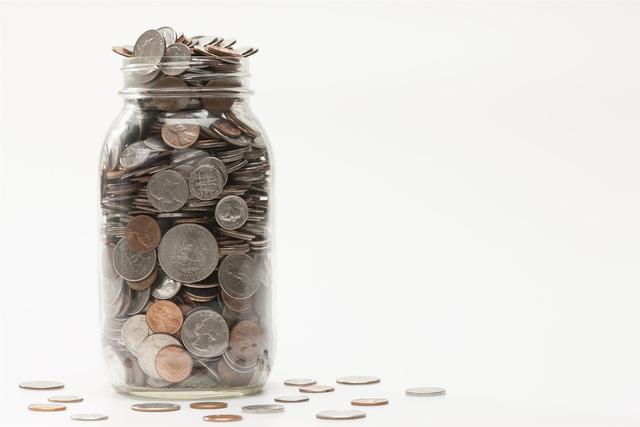 Kể cả tay trắng, bạn vẫn có thể tiết kiệm đến 10.000 USD: Làm giàu không khó với 5 bước đơn giản từ chuyên gia - Ảnh 1.