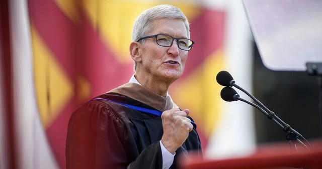 Trước khi cánh cửa đại học khép lại, cánh cửa trường đời mở ra, CEO Apple Tim Cook gửi gắm sinh viên 8 lời khuyên đắt giá nhất - Ảnh 2.