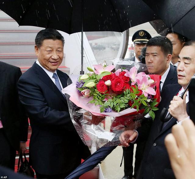 Tổng thống Trump, Chủ tịch Tập đội mưa tới Nhật Bản dự G-20, sẵn sàng cho các cuộc gặp cân não - Ảnh 4.