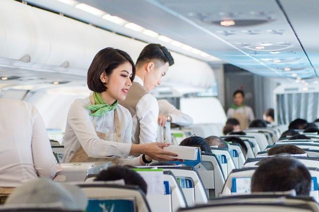Con số 18.000 tấn rác thải nhựa và chuyến bay xanh đặc biệt của Bamboo Airways - Ảnh 6.
