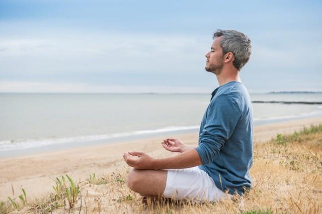 Không bao giờ là quá muộn để bảo vệ trí não: Sớm thực hiện 15 điều này để não luôn khỏe mạnh, trí tuệ minh mẫn ngay cả khi đã bước vào tuổi về già - Ảnh 4.