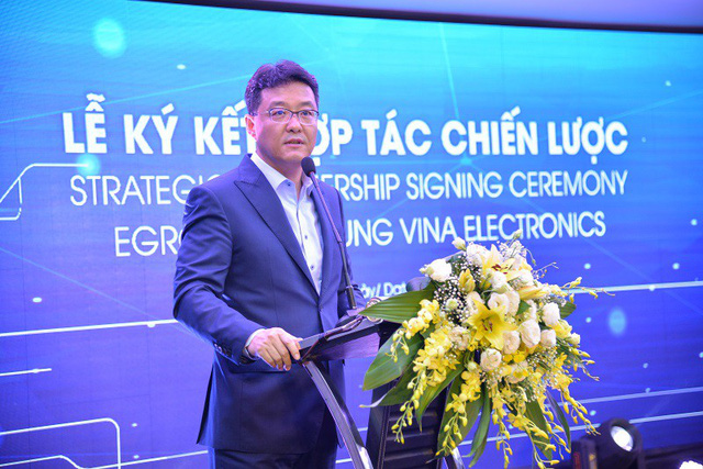 Mượn năng lực công nghệ của ông lớn Samsung, Egroup của Shark Thuỷ bước một bước tiến dài trong ngành giáo dục - Ảnh 1.