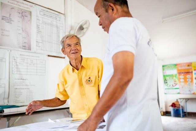 Câu chuyện về ông lão cứu cả cộng đồng khỏi thảm họa thiên nhiên 100 năm mới có 1 lần: 78 tuổi vẫn không ngừng làm đẹp cho đời - Ảnh 6.