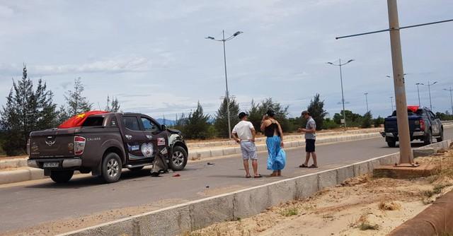 Hàng chục xe bán tải Nissan chặn đường, tổ chức đua xe trái phép ở Quảng Bình - Ảnh 2.