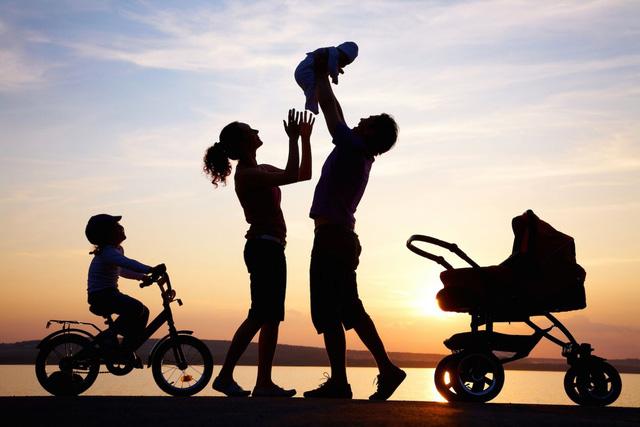 Các nhà khoa học khuyến nghị: Thực hiện 3 thói quen nhỏ nhưng đặc biệt này vào cuối tuần, cuộc sống sẽ trở nên hạnh phúc và ý nghĩa hơn - Ảnh 1.