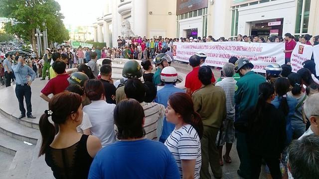 Bị kêu gọi tẩy chay, vẫn phải thừa nhận hành động BigC là hợp với luật làm ăn, doanh nghiệp Việt cần ứng biến nhanh vì đất sống đang dần thu hẹp - Ảnh 1.