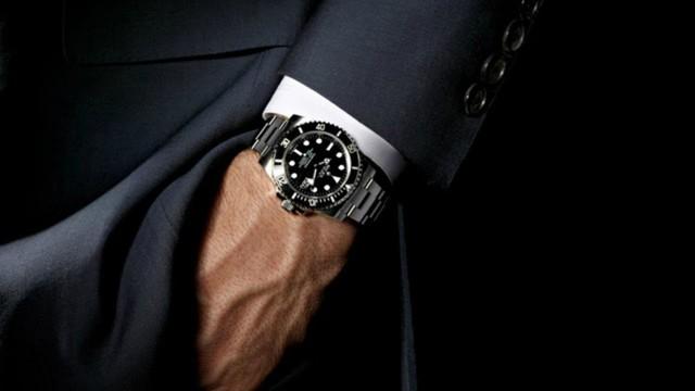 5 mẹo phát hiện đồng hồ hàng hiệu giả không phải quý ông nào cũng biết: Ghi nhớ ngay để tránh mất tiền oan! - Ảnh 5.