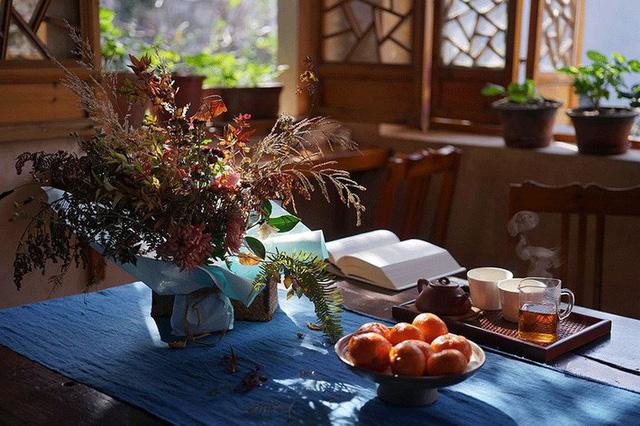 Cặp vợ chồng lập trình viên từ chối mua nhà ở thành phố, về quê xây nhà nhỏ bên khoảng sân vườn trồng rau và hoa mỗi ngày - Ảnh 15.