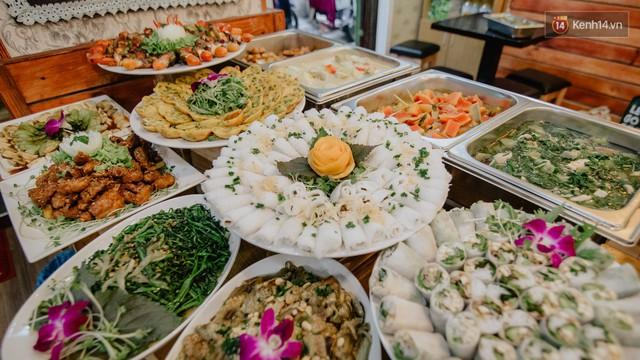 Quán chay từ thiện độc nhất vô nhị ở Sài Gòn: Ăn tuỳ bụng trả tiền… tuỳ tâm - Ảnh 11.