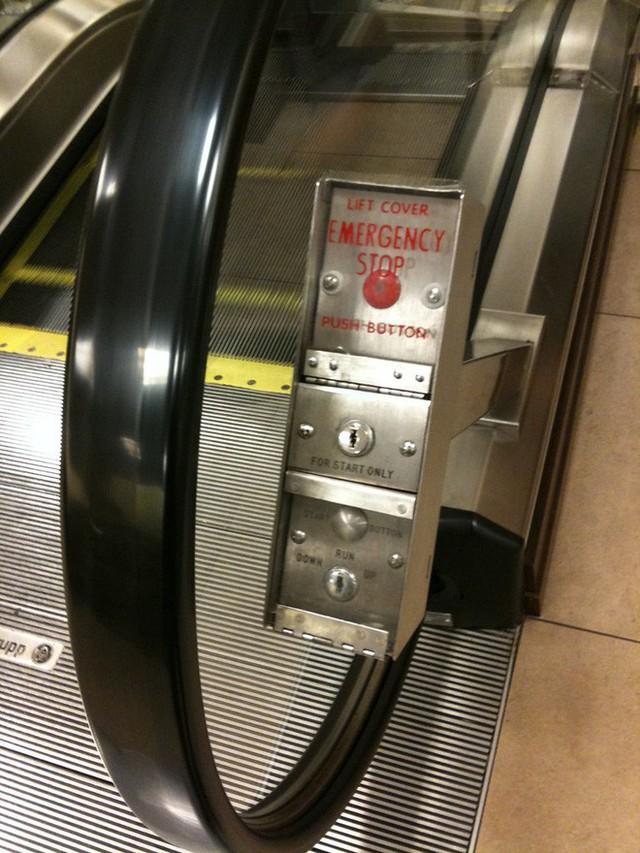 Nút Dừng khẩn cấp của thang cuốn nằm ở đâu? Nhiều người đi cả tỷ lần rồi vẫn không biết, đến khi sự cố xảy ra không ứng phó kịp - Ảnh 3.