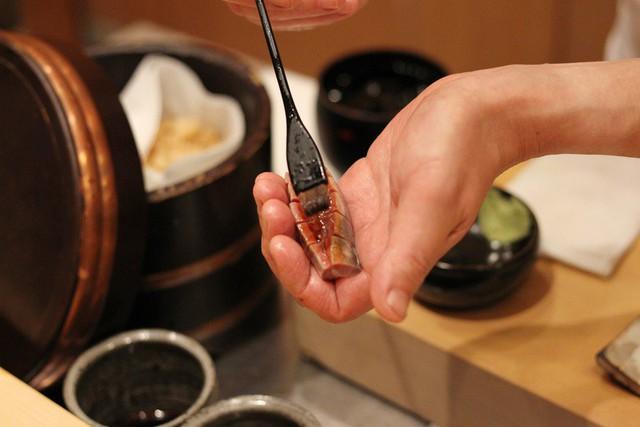 Ăn sushi kiểu omakase tại nhà hàng 3 sao Michelin mà quên những nguyên tắc này, coi như ném 450 USD đi: Đã đến, xin hãy đặt trọn niềm tin nơi đầu bếp! - Ảnh 2.