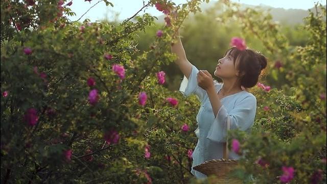 Lý Tử Thất trả lời độc quyền báo Việt Nam, hé lộ cuộc sống thực sau những hình đẹp như tiên cảnh - Ảnh 11.