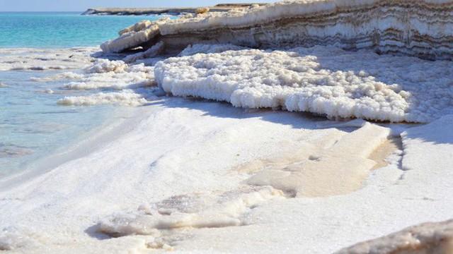 Hiện tượng tuyết muối rơi ngập Biển Chết khiến khoa học đau đầu suốt gần 50 năm cuối cùng đã có lời giải - Ảnh 2.