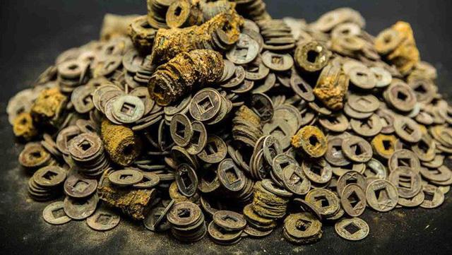 Khai quật mộ cổ 2000 năm của hoàng đế tại vị 27 ngày, giới khảo cổ sửng sốt hoàn toàn - Ảnh 1.