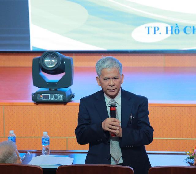 Giáo sư nói đề xuất lu nước chống ngập ở TPHCM không khả thi, dễ bùng phát sốt xuất huyết - Ảnh 1.